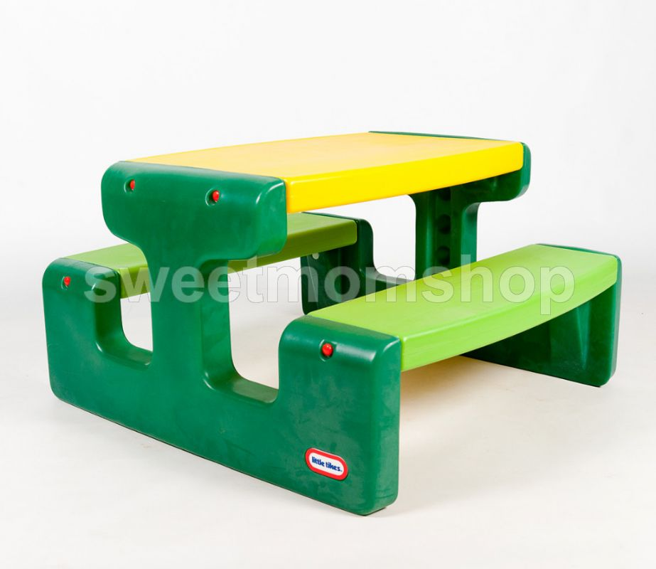 Little Tikes Large Picnic Table (Evergreen)